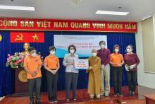 Chùa Giác Ngộ - Quỹ Đạo Phật Ngày Nay trao tặng 100 tấn gạo, 100 tấn khoai cho UB MTTQ Việt Nam TP.HCM