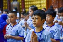 Cha mẹ được lợi gì khi đưa trẻ đến chùa?