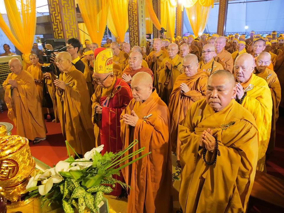 Lễ truy niệm và phụng tống kim quan Trưởng lão Hòa thượng Thích Minh Cảnh
